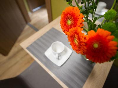 Eskapada - pokój- detal kwiatowy
