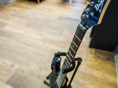 Eskapada -gitara dla umiejacych grać
